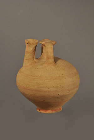 CYPRUS - SMALL STIRRUP JAR