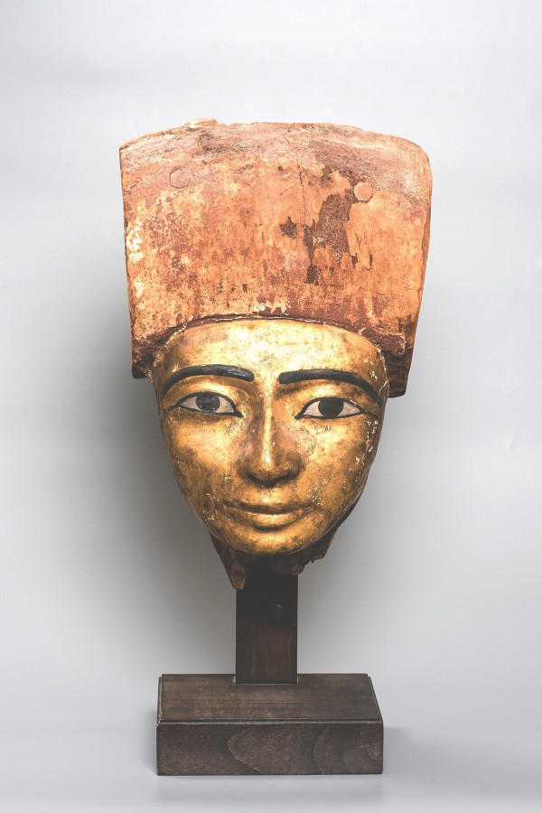 GILDED WOOD SARCOPHAGUS MASK