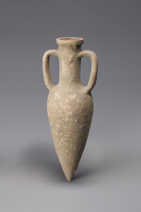 Roman terracotta point amphora