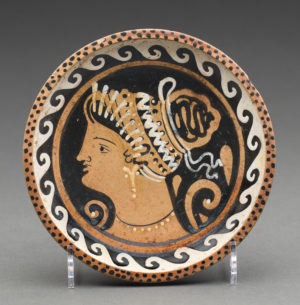 apulian red-figure plate
