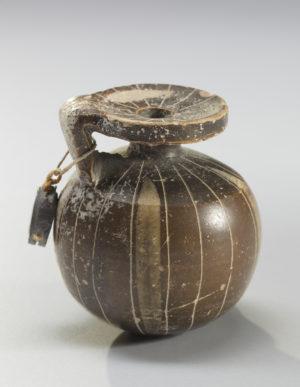 corinthian pottery aryballos