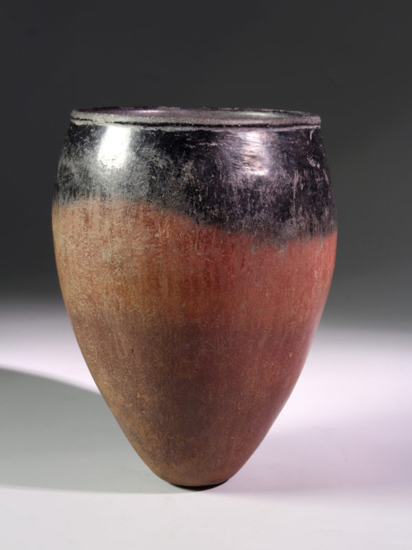 Egyptian naqada black-topped redware pottery jar