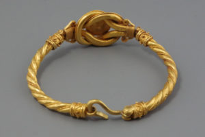 greek_gold_bracelet_rev