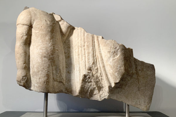 GREEK MARBLE GRAVE RELIEF FRAGMENT